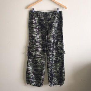 Express Camo Crop Cargo Pants Size 2